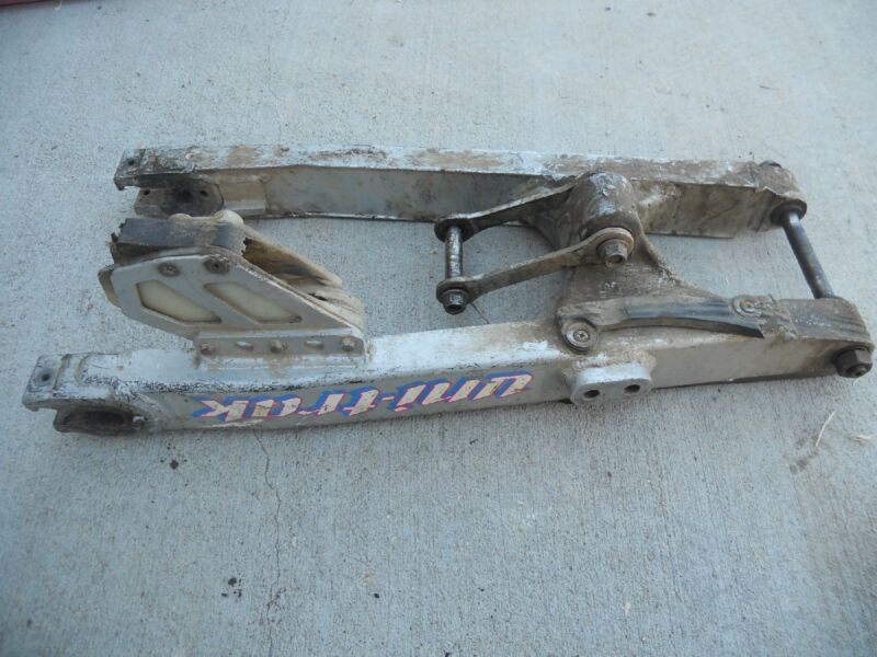 1991 KAWASAKI KDX250 SWING ARM