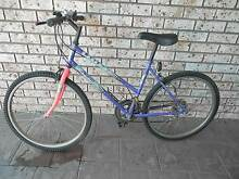 10 SPEED MYSTIQUE wOMAN'S MOUNTAIN BIKE. Raby Campbelltown Area Preview