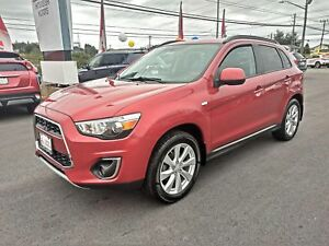 2015 Mitsubishi RVR SE LTD - only $164 biweekly all in!