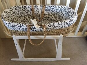 Neutral Moses basket and stand