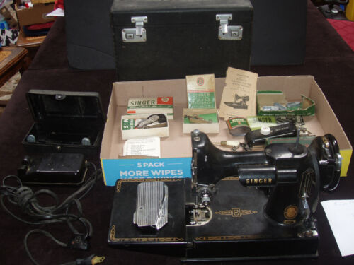 Vintage Singer Featherweight 221 Sewing Machine AM178448 with MANY Accessories