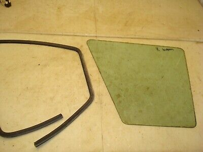 1974 Case 1370 Tractor Cab Right Bottom Window Glass