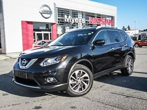 2016 Nissan Rogue SL, Navigation, leather seats,back up camera!!