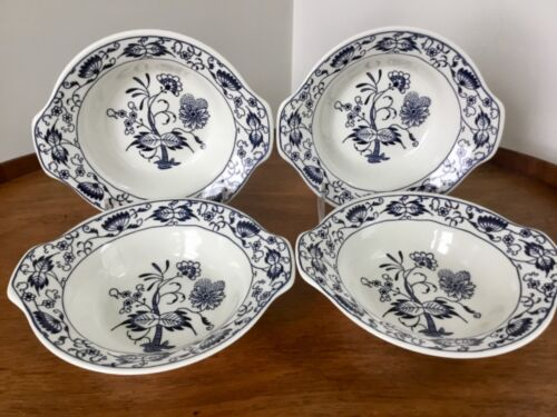 Unmarked Blue Onion or Doorn Style Soup Bowls ~ Blue and White ~ Set of 4