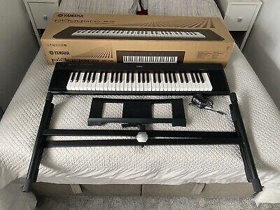 Yamaha Black Keyboard 61 key Piaggero Slimline Home Electronic Piano 64 Note w