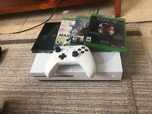 1TB XBOX ONE S BUNDLE FOR SALE!