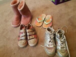 Girl's shoes,