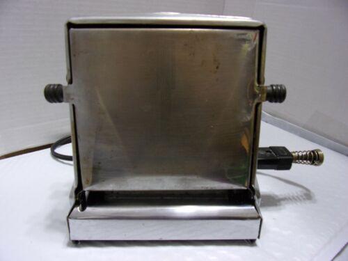 Vintage ELECTRIC TOASTER - PROCTOR TURN-O-MATIC Model 1453 Philadelphia PA