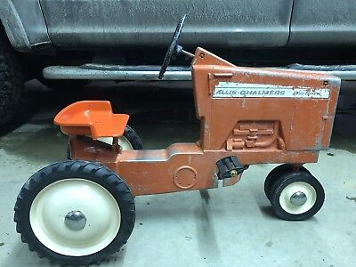 Allis Chalmers 190 Bar Grill Pedal Tractor HARD TO FIND