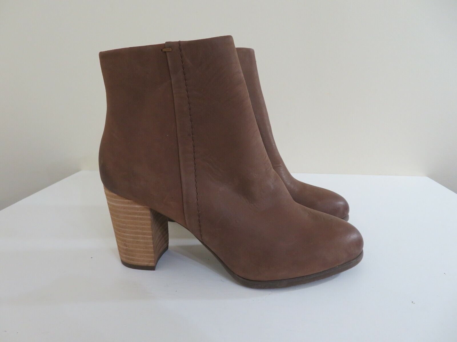 VIONIC OYSTER LEATHER ANKLE BOOTS KENNEDY NEW SIZE 6