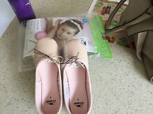 Ballet shoes size 1 Grays Point Sutherland Area Preview