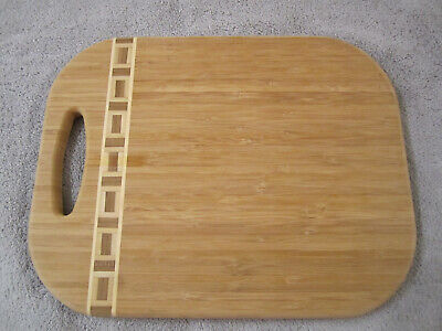 Bamboo cutting board with striped pattern 11''x14''x0.75'' Bamboo Striped Cutting Board