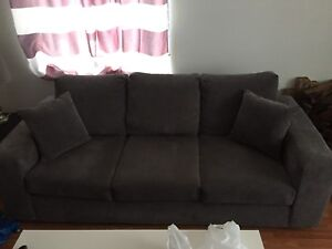 CLEAN 3 Seater couch MUST GO ASAP!