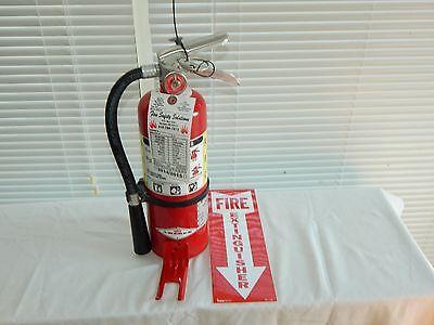 Fire Extinguisher 5lb Abc Dry Chemical W Vehicle Bracket
