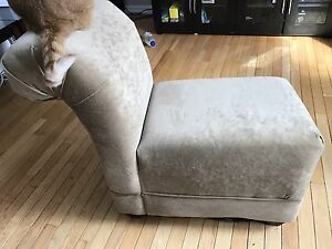 Chaise lounge seat stool bench