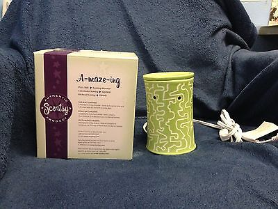 другое NEW A-maze-ing Scentsy warmer ~