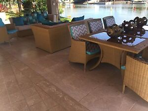 Outdoor lounge and dining Broadbeach Waters Gold Coast City Preview