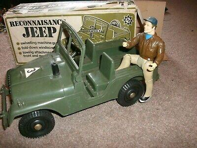 vintage A-TEAM FIGURE with USA military jeep    ....murdock figure