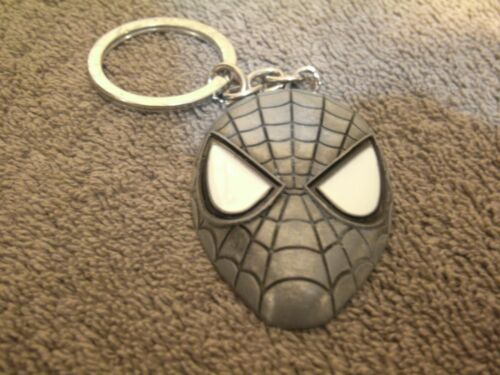 2013 MARVEL SPIDERMAN PEWTER KEYCHAIN!! NEVER USED, MINT CONDITION!