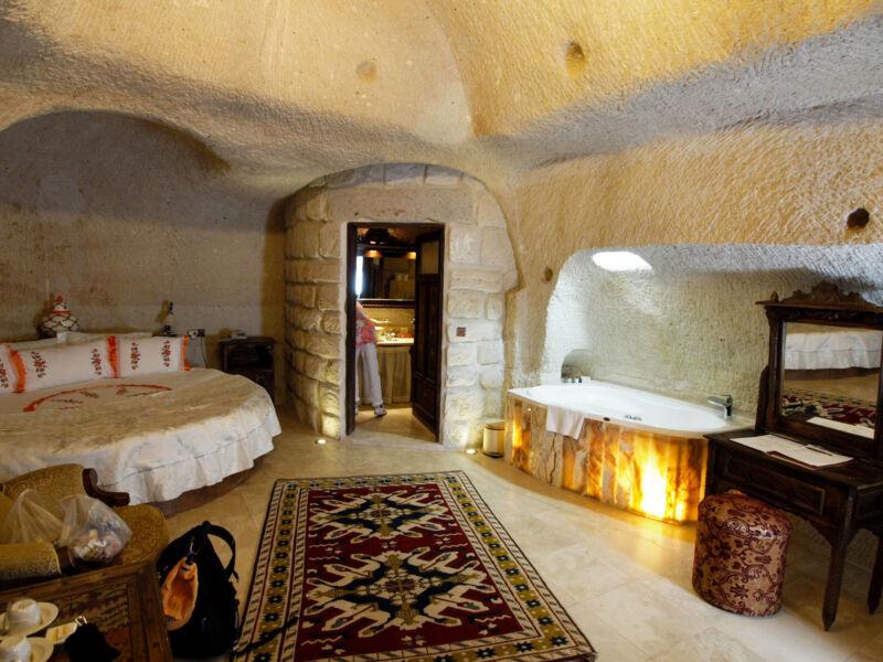 Luxus in der Höhle: das Gamirasu Cave Hotel (Peter C in Toronto Canada (CC BY 2.0))