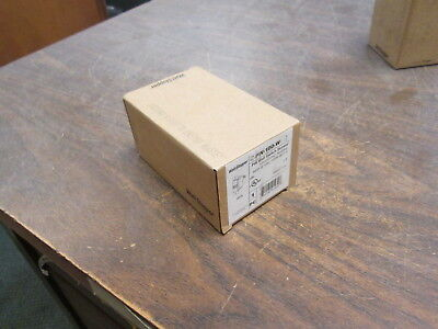 The Watt Stopper Pir Wall Switch Sensor Pw-100-w 120277v 5060hz 8001200w