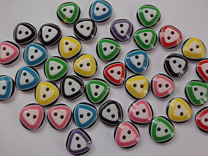 50 x Triangle Pattern - round 2 hole resin 14mm Sewing,Scrapbooking Crafts etc.,