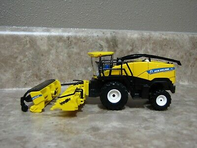 Ertl 1/64 New Holland FR850 Forage Harvester Chopper Farm Toy