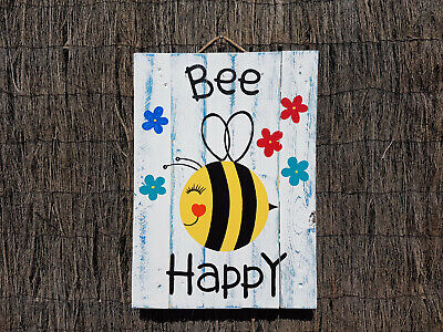 Large Garden Bee sign, Painted Pallet Art, Distressed Wood Sign, Garden Fence