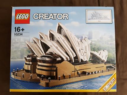 LEGO Creative: Sydney Opera House 10234 - Brand New and Sealed