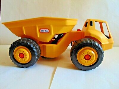 ⚡ Vintage Little Tikes EXTRA Large Dump Truck Construction Earth Mover Yellow