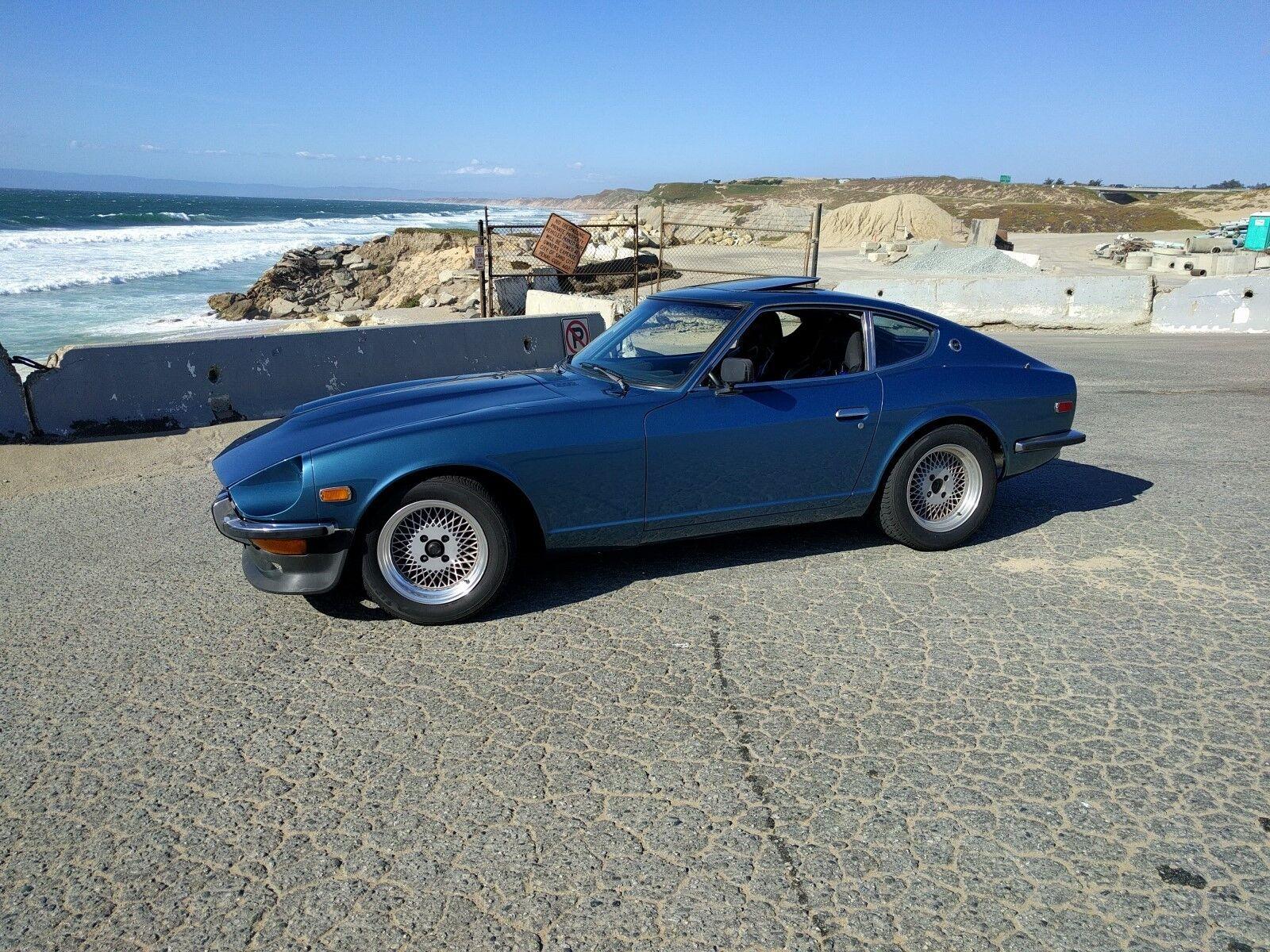 1971 Datsun Z-Series  1971 Datsun 240z