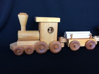 Wooden Toy Train 5 piece set Mint condition Collectible Very Well Made