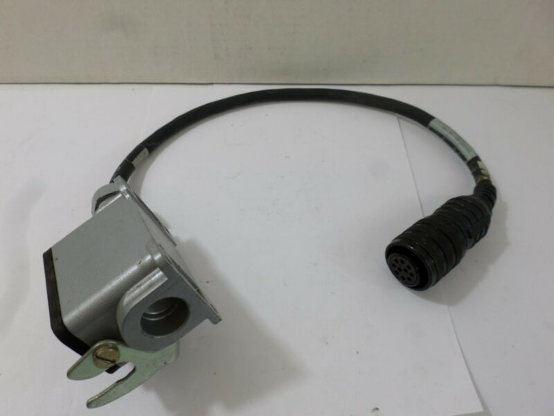 Allen Bradley cable with ends 1326-CCUT-005 Servo Power Cable