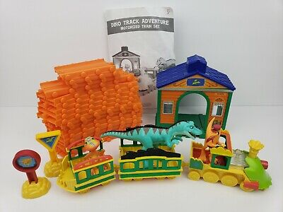 DINOSAUR Train Pbs Set Toy Plus Station Motorized (No Lights Or Sound) Works! Gear Set Toys
