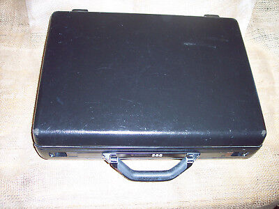 SAMSONITE HARD COVER BRIEFCASE FREE S/H