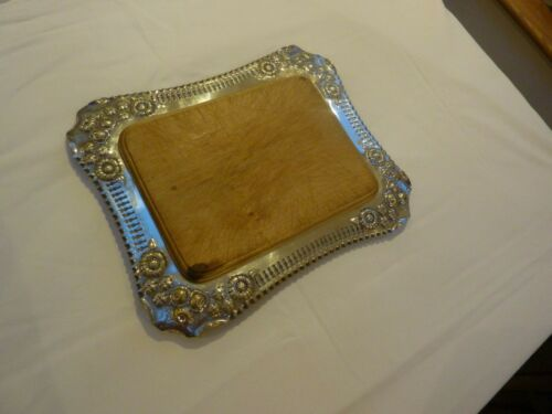 Silver-plated Cheese Board/Serving Platter with wood insert