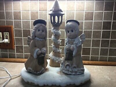 VINTAGE CERAMIC LIGHTED LAMP POST CHRISTMAS ANGELS CAROLLERS ON BASE HANDMADE