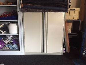 Heavy duty cabinet with key Seaford Meadows Morphett Vale Area Preview