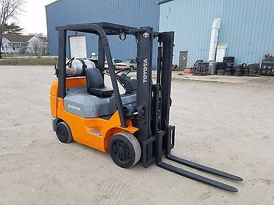 2006-2007 Toyota Model 7fgcu20 4000 4000 Cushion Tired Forklift 118 Lift