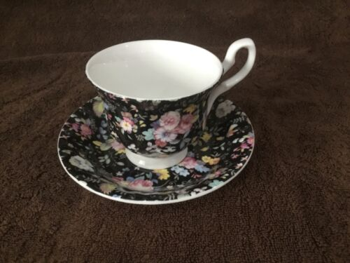 Set of 3 Stechcol Bone China Teacup & Saucer Black With Dainty Flowers
