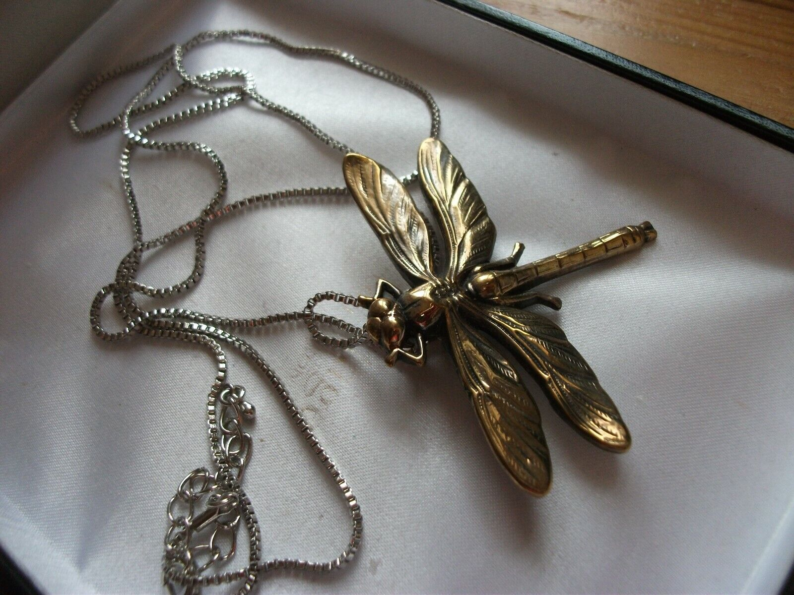 Jewellery - COSTUME JEWELLERY LARGE  DRAGONFLY  PENDANT AND CHAIN
