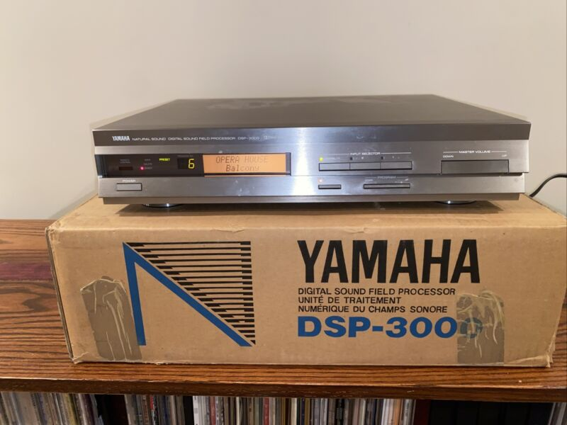 Yamaha DSP-3000 Natural Sound Digital Sound Signal Processor Tested Works W/box