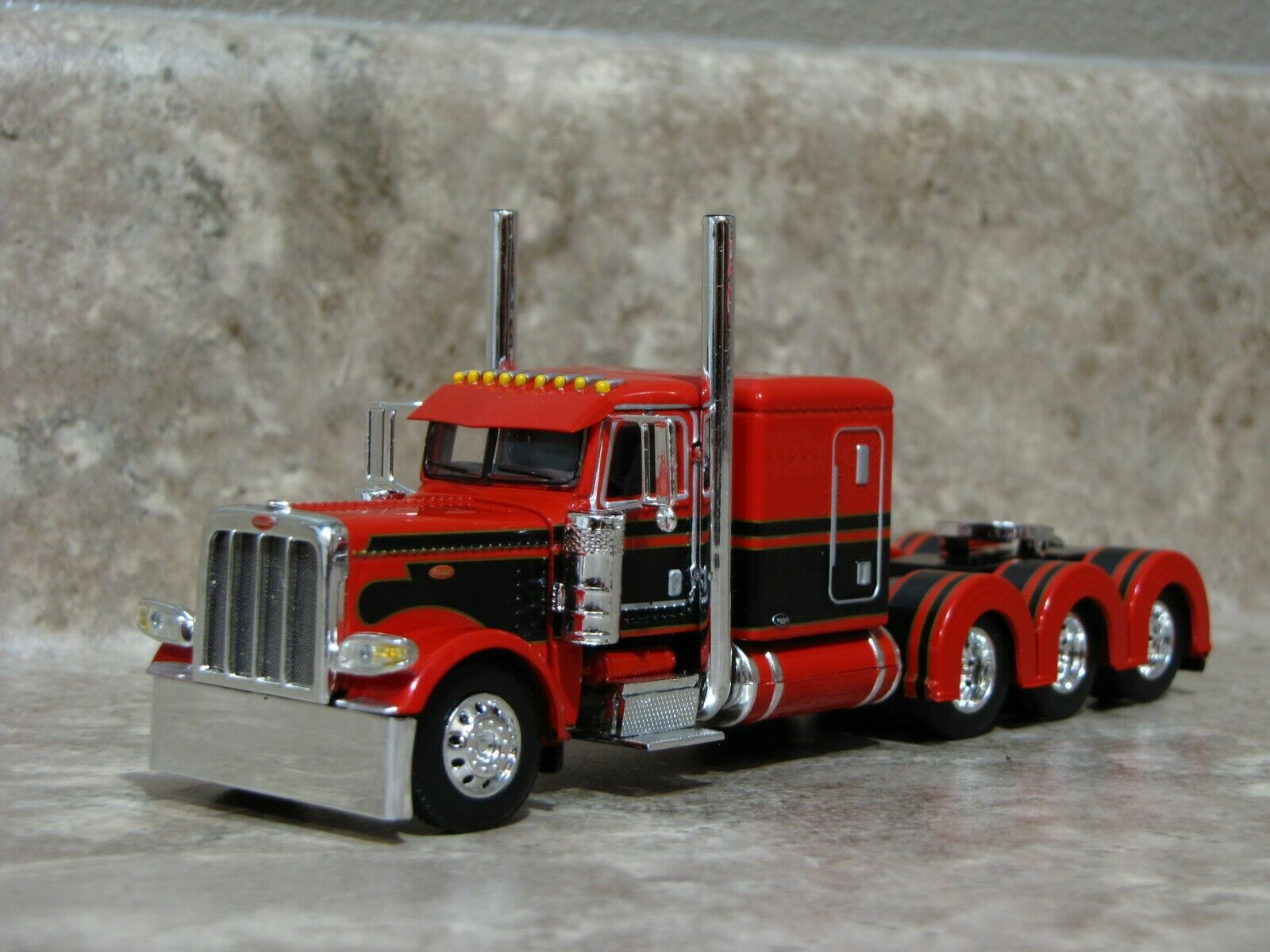 DCP 1/64 Red Black Tri-Axle 389 Peterbilt Semi Truck Farm Toy