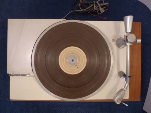 Rek O Kut N 34 H turntable with micro poise tone arm