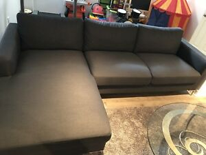 Casalife Avignon Charcoal sectional sofa
