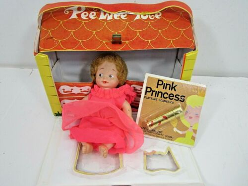 VINTAGE 1966 IDEAL UNEEDA PEE WEE TOTE SMALL DOLL VINYL PLAYSET WITH DOLL TOY