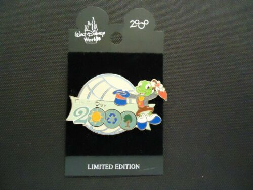 DISNEY WDW EARTH DAY 2000 JIMINY CRICKET HAT OFF PIN ON CARD LE 10000