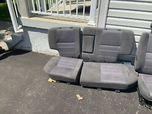 Nissan Pathfinder cloth seats