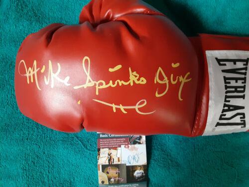 World Champion Michael Spinks autographed Everlast Glove  yellow paint pen JSA