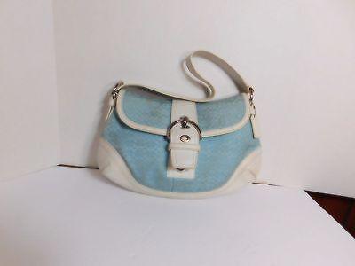COACH  -  Signature shoulder bag